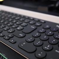 【レビュー】logicool K780 マルチデバイス bluetooth キーボード